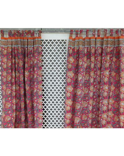 CURTAIN WITH TABS