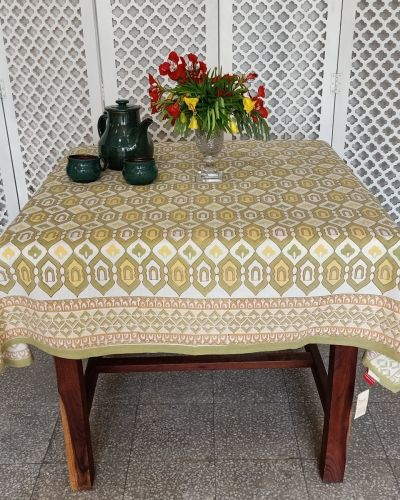 TABLE CLOTH SQUARE -150X150